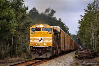 NS 1801 leads NS 125 south out of Valdosta and towards Jacksonville. | by GeorgiaRailfan31602