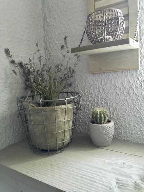 Draadmand met lavendel