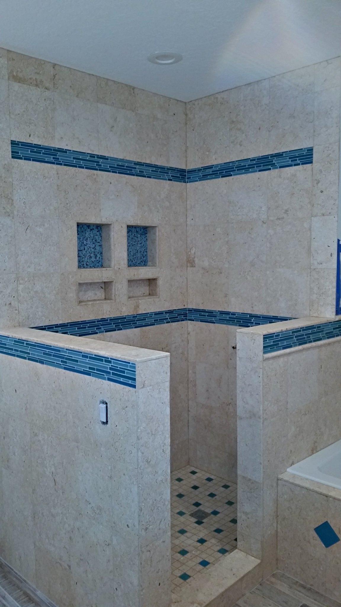 blue border tile