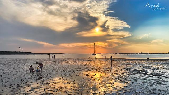 sundown and lowtide at the beach