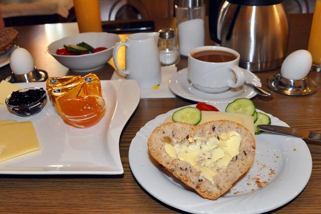 Juli 2020 ... Leckeres Frühstück im Hotel ... Brigitte Stolle