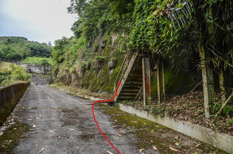 大坪林山發電廠鐵梯登山口