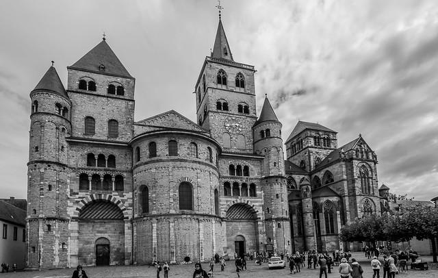 Trierer Dom St. Petrus – älteste Bischofskirche Deutschlands