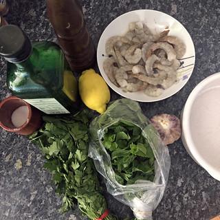 Salade de pastèque, féta et brochettes de crevettes au bacon8