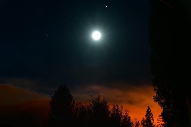 Moon, Jupiter, Saturn, and Apple Fire