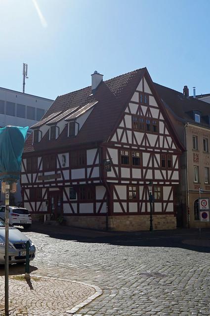 2020-07-21 159; Deutschlandtour; Fulda, Fachwerkhaus in der Kanalstraße