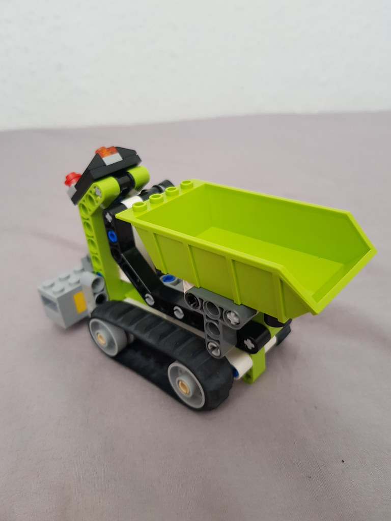 Technic tracked dumper 6