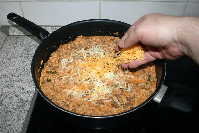 34 - Add cheese / Käse hinzufügen