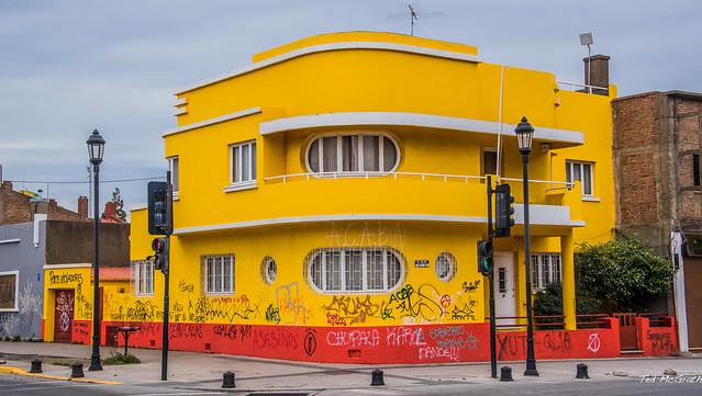 2020 - Chile - Punta Arenas - Not Mellow Yellow