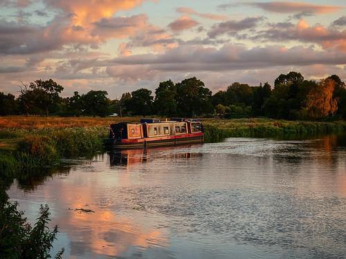 pixel4 beautiful canal summer sunset river