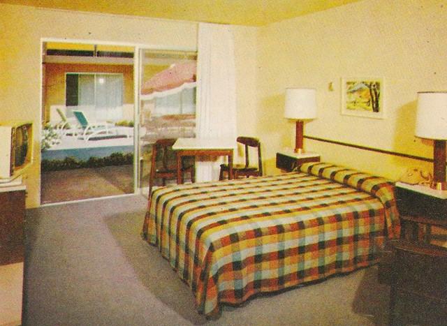 Los Altos Inn Motel Room
