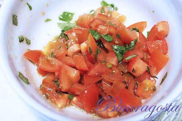 01-pomodorini e basilico