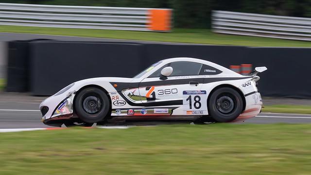 18 Xentek Motorsports Ginetta GT5 Challenge