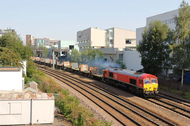 DB Cargo 66104 Class 66 General Motors/EMD Co-Co