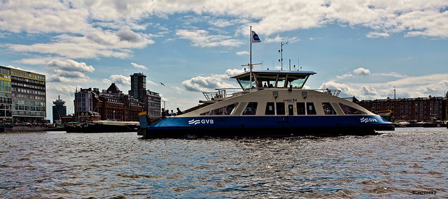 Amsterdam : Ferry.
