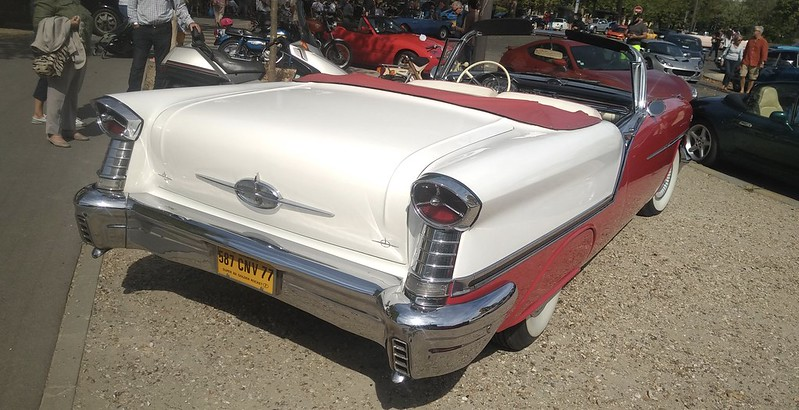 Oldsmobile Super 88 Convertible 50181345498_cf20690ec3_c