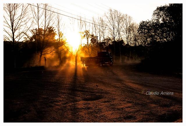 Poeira ao por-do-sol