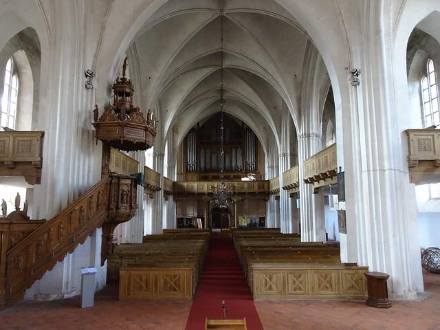Wittstock: St. Marien (Blick zur Orgel)