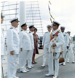 41. Malaysian King at KD Malaya with Commander Hume RAN | by Hippy Chippy