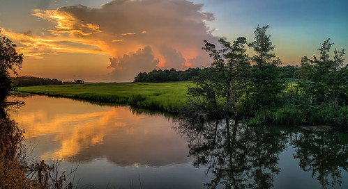 thunderstorm thunderhead sunset delaware delawarebay wetlands greatmarsh newjersey lewes topaz panorama