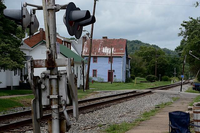 Amtrak's Cardinal runs through Augusta, Kentucky