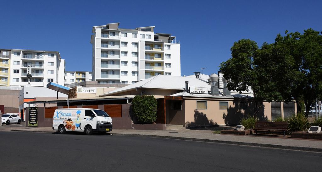 Toongabbie Hotel, Toongabbie, Sydney, NSW.