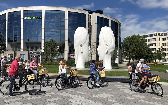 Leeuwarden: Jaume Plensa's Love