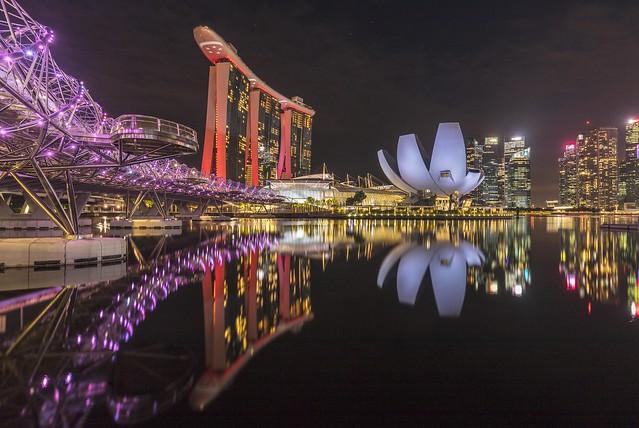 Mirror-like Reflections at Singapore Marina Bay