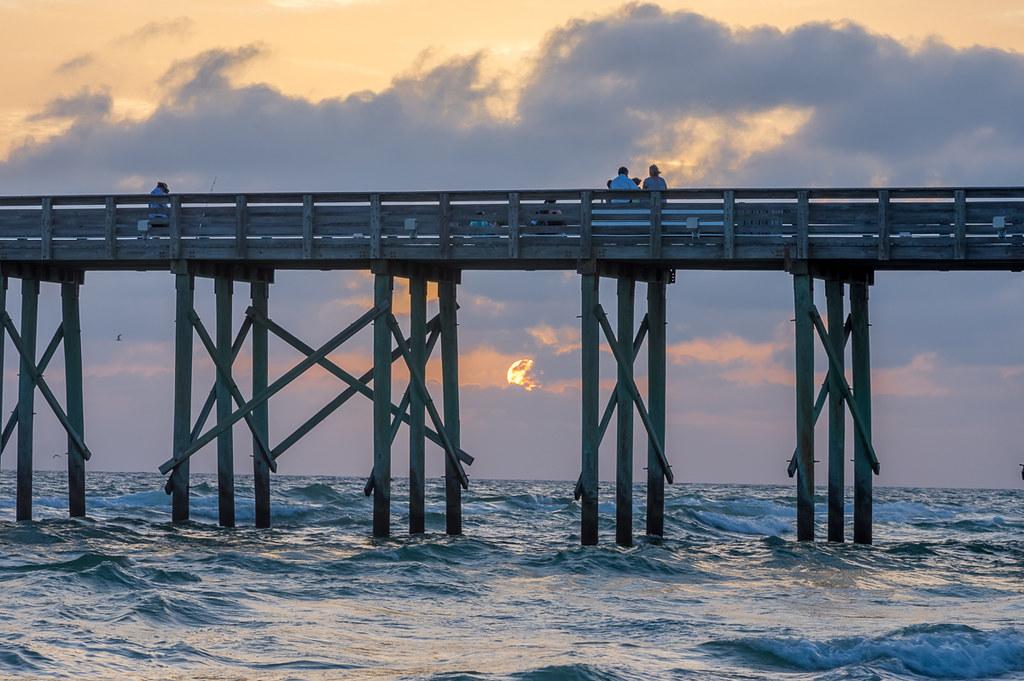 Sunset through the pier (2)