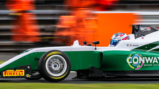 87 Douglas Motorsport Kiern Jewiss