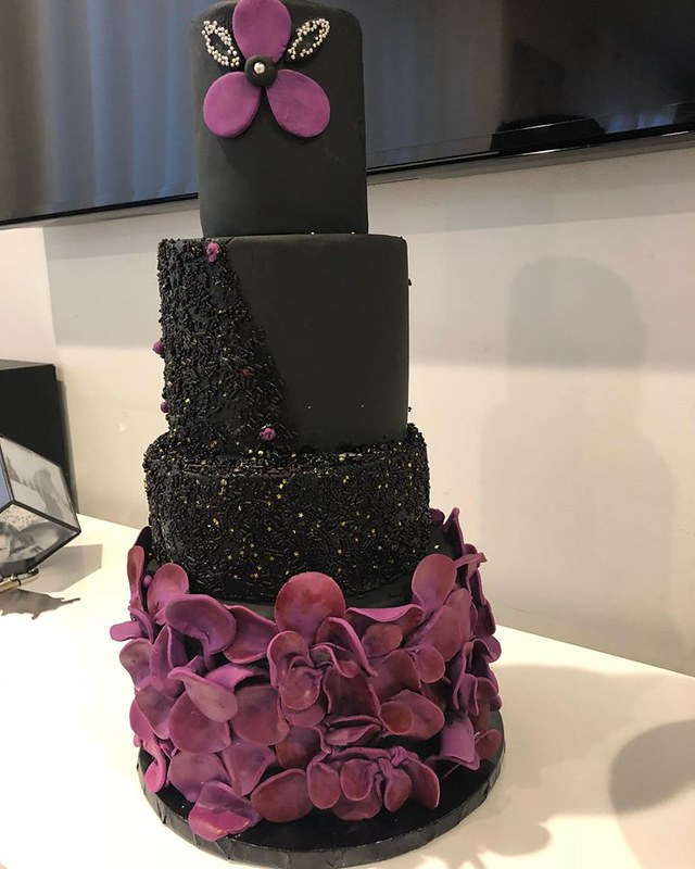 Cake by Doux Cakes