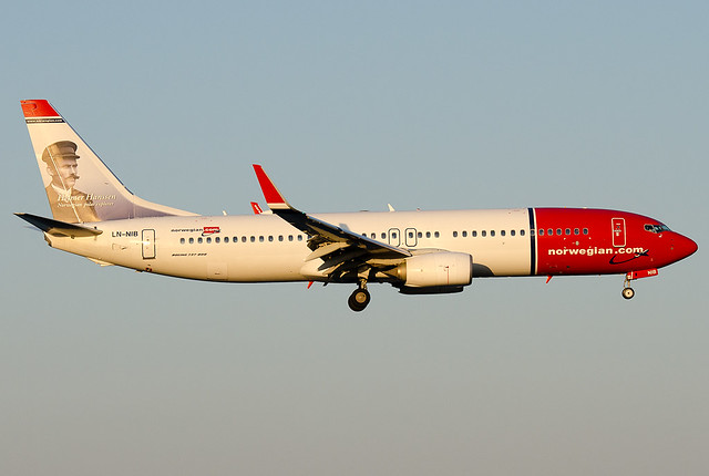LN-NIB Norwegian Air Shuttle Boeing 737-86J
