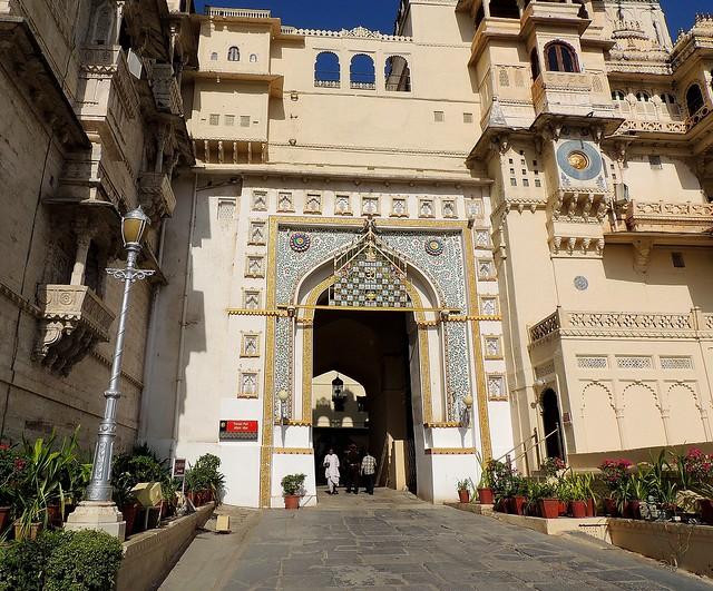 Fateh Prakash Palace_Udaipur_India 2498