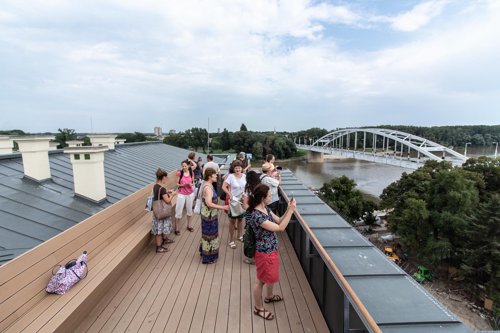 Máris 10 ezer ember járta be az új Móra Ferenc Múzeumot