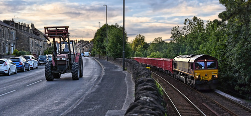dta1239 uk united kingdom gb great britain england nikon z7 train railway railroad august 2020 furnessvale derbyshire dbcargo class66 6h53 ashburys dowlow briggs 66006 summer sunset dusk