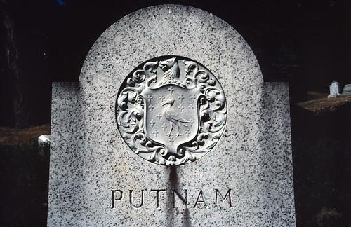 Putnam Gravestone
