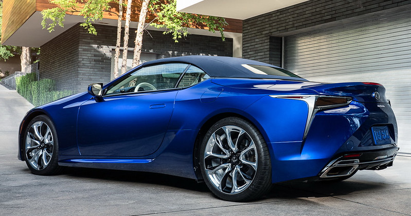 2021-lexus-lc-convertible-regatta-edition-1