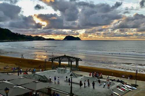 Precioso atardecer la de ayer en la playa de Zarautz 3-8-2020