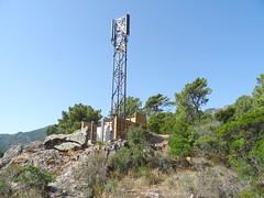 L'arrivée à la piste de Luviu : le nouveau pylône de téléphonie mobile d'Orange (06/2020)