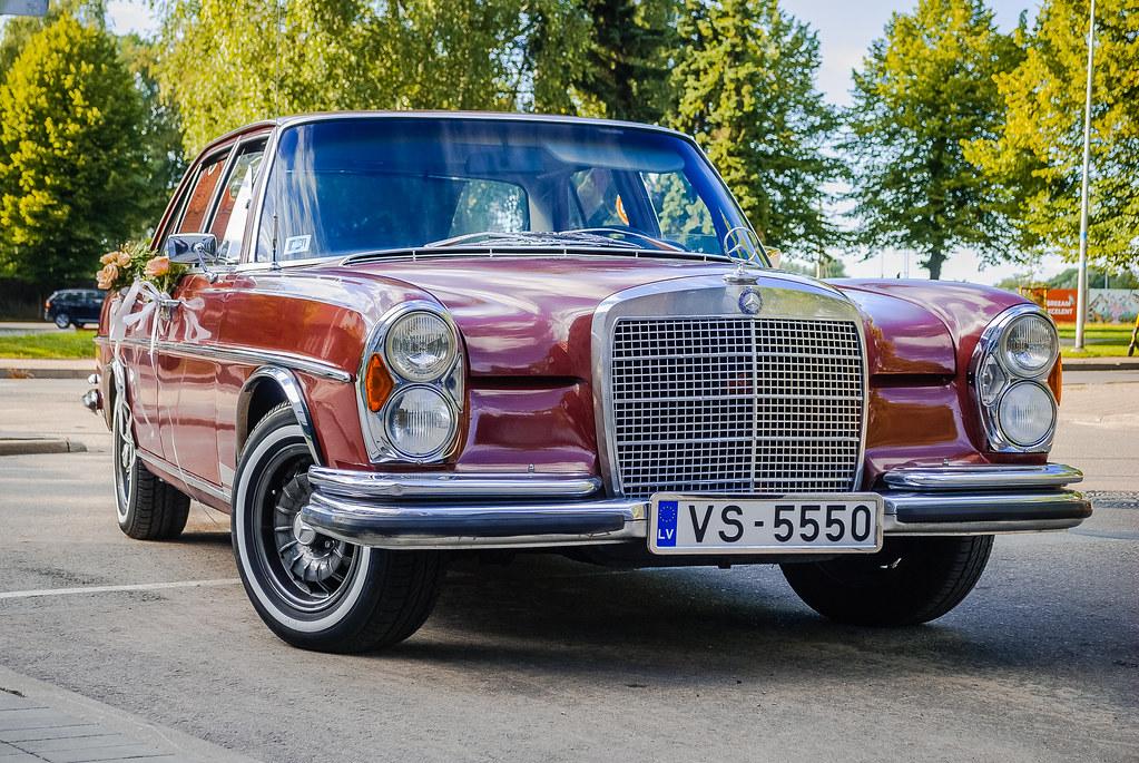 Cool Mercedes ! 18:39:16 DSC_7077