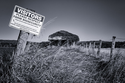 mount mt walker queensland australia monochrome blackwhite farming farm silverefexpro2 sky land landscape building buildings fence grass field paddock old ruined ruin abandoned overgrown lightroom photoshop tamron2470mmf28 biosecurity visitors beware sign advice warning agriculture