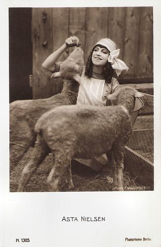 Asta Nielsen in Engeleins Hochzeit (1916)