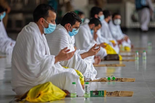5701 Saudi Ministry of Hajj starts Umrah preparations