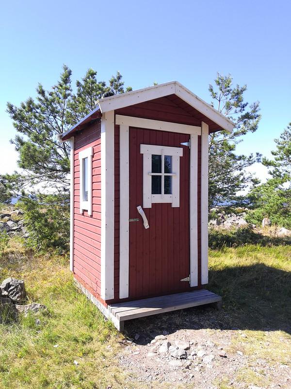 Dry toilet in Örö (1/2)