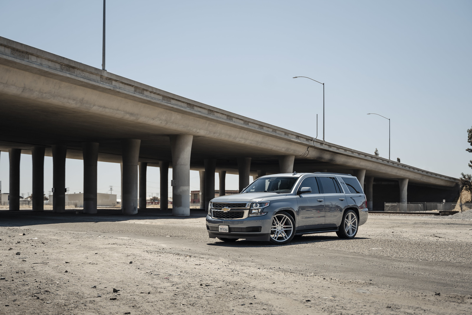 2017_Chevrolet_Tahoe_BD17_6_Silver_Machined_Face_1