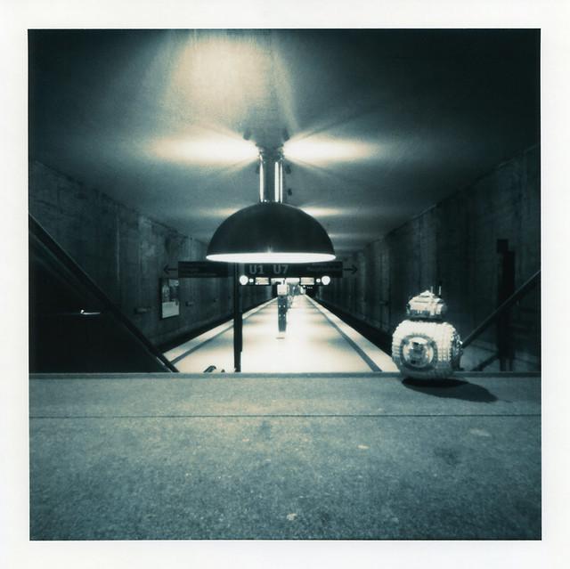 BB-8 - U-Bahnstation, Treppenaussicht