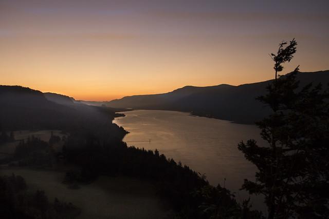 Sunrise Columbia River, Oregon