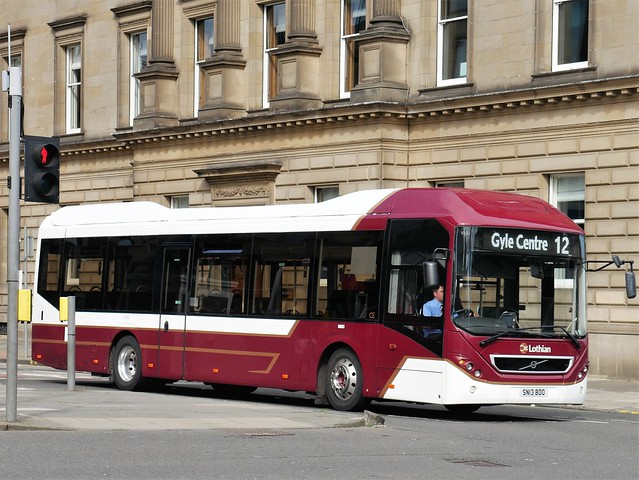 Lothian Volvo BRLH 7905LH SN13BDO 6 making its way to operate service 12 to Gyle Centre from Princes Street at George Street on 3 August 2020.