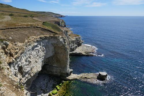 SWC368_Worth Matravers Circular_3 Limestone cliffs