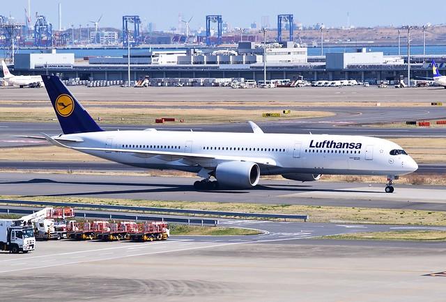 D-AIXG Airbus A350 Lufthansa 2018-03-17  Tokyo Haneda